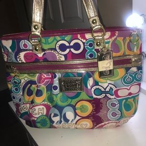 Coach Poppy Large Tote